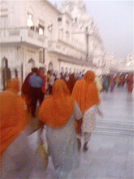 Golden Golden Temple traffic